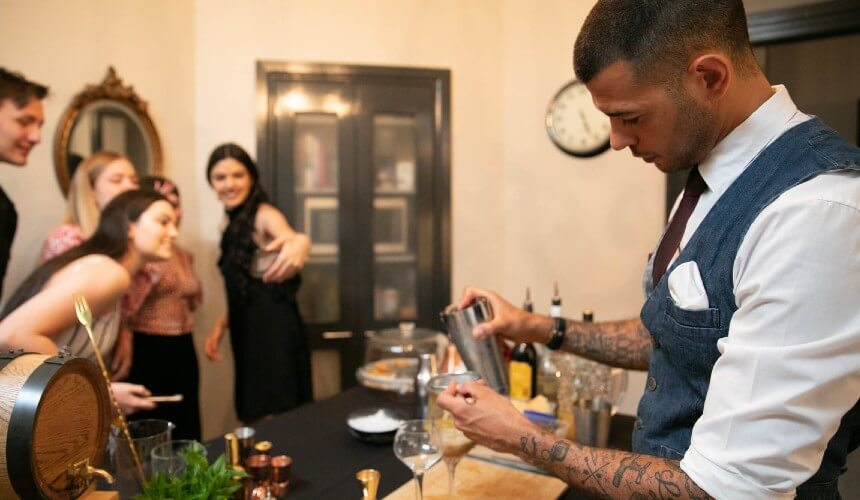 hire event bartenders